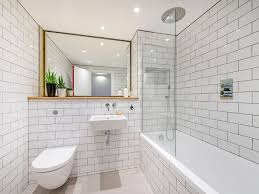 subway tile ideas bathroom best 25 subway tile bathrooms ideas on tiled
