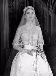 wedding dress miranda kerr miranda kerr shares intimate wedding snaps