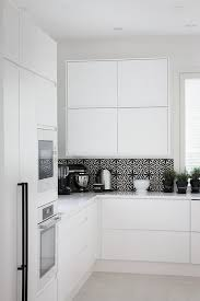 All White Kitchen Designs by Best 25 White Contemporary Kitchen Ideas Only On Pinterest