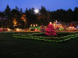 Oregon Garden Christmas Lights Here U0027s The Top 12 Holiday Events On The Oregon Coast That Oregon