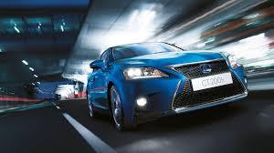 lexus is blue prabangus kompaktiškas hibridas lexus ct lexus lietuva