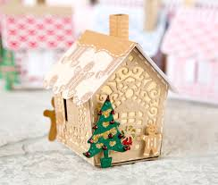 make gingerbread houses with the gingerbread house die from