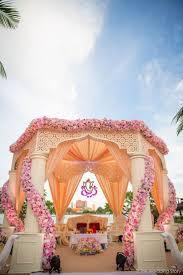 Home Decor Vendors by Best 20 Punjabi Wedding Decor Ideas On Pinterest Indian Wedding