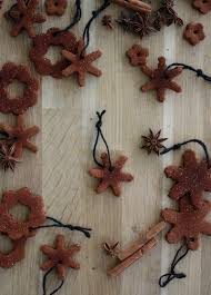 amm make cinnamon ornaments