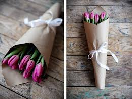 paper wrapped flowers how to wrap flowers creative ideas step by step guide threads