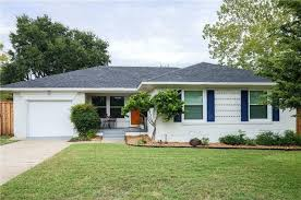 2 bedroom houses for rent in dallas tx homes on the market for 200 000 bungalow mid century modern