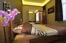 double room with garden view u2013 fig tree house budapest u2013 minihotel