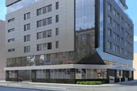 alderman delays vote on wicker park hotel over its u0027suburban