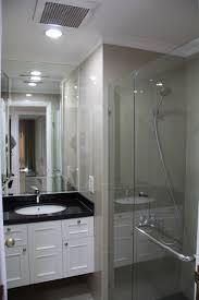 Lmi Shower Doors by Apartemen Casablanca U2013 Spacious Apartment In A Prime Location