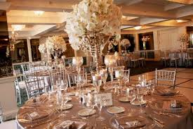 cheap candelabra centerpieces the look of these flowers wedding