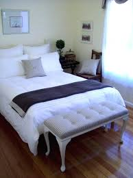 guest bedroom decorating ideas small guest bedroom small guest bedroom decorating ideas guest