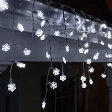 wintergreen lighting 70 light snowflake icicle led light reviews