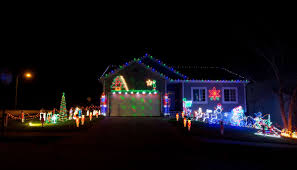 Best Decorated Homes For Christmas Best Omaha Area Neighborhoods To See Holiday Lights In 2015 Good