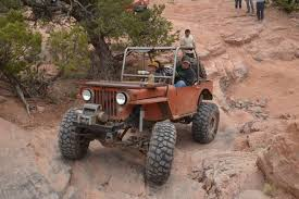 best jeep for road 7 best road tires for your 4x4
