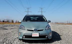 price of 2014 toyota prius 2014 toyota prius in gets 2 010 price cut autoguide com