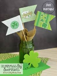 st patrick u0027s day decorations free printable shamrock flags diy