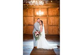 best lighting for portraits best photography lighting for cold rainy or snowy wedding portraits