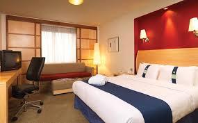 Family Room Accommodation Holiday Inn Hotel Aylesbury - Holiday inn family room