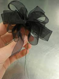 ribbon with wire d i y wedding flowers how to make corsages and boutonnieres