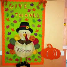thanksgiving door decoration for the classroom