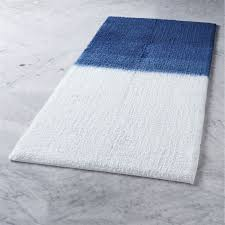 Navy Bath Mat Ombre Blue Bath Mat In Bath Linens Reviews Cb2
