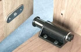 Cabinet Door Catch Pantry Door Lock Wardrobes Magnetic Wardrobe Door Catch Kitchen