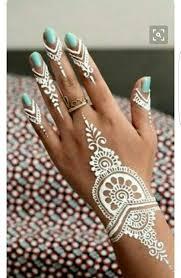 tattoos design on hand 24 best hindu hand art images on pinterest henna mehndi mehendi