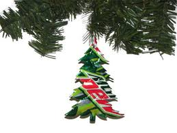 tree ornaments made from wrapper plastic make your