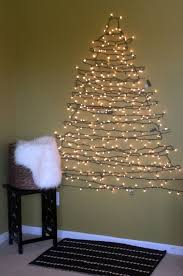 Decorate Christmas Tree Colored Lights by Best 25 Christmas Tree Colored Lights Ideas On Pinterest