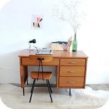 petit bureau ecolier petit bureau vintage d336 mobilier vintage bureau vintage