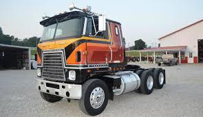international semi truck classic cabover