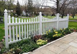 Small Garden Fence Ideas Small Landscaping Fences Fall Charm Small Vegetable Garden Fence