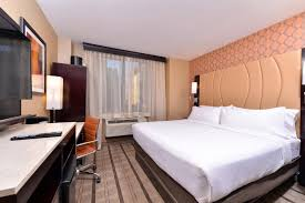 Comfort Inn Times Square Ny Holiday Inn New York Times Square New York City Ny Booking Com