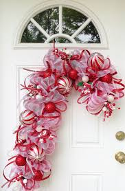 Decorating Christmas Wreath With Deco Mesh by 17 Best Deco Mesh Images On Pinterest Christmas Ideas Christmas