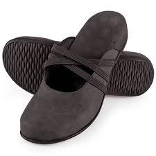 s boots plantar fasciitis the s plantar fasciitis stretch mules hammacher schlemmer