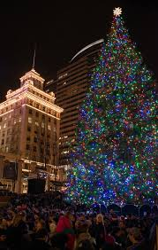 photos 2016 portland tree lighting at pioneer square katu