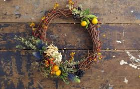 how to make a grapevine wreath this house