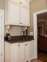 Cream Colored Kitchen Cabinets Best 25 Ivory Cabinets Ideas On Pinterest Ivory Kitchen