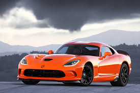 Dodge Viper V12 - modern supercars that are refreshingly old