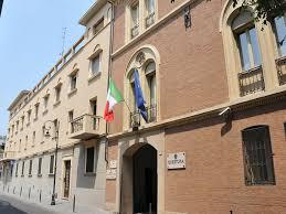 ufficio immigrazione bologna permesso di soggiorno bologna 2000 reggio emilia presenta passaporto falso per
