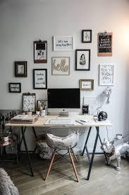 d馗orer un bureau décorer bureau au travail charmant decoration bureau x cadres