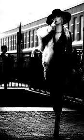 bureau hauteur r馮lable 47 best zennessy images on actresses