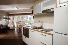2 bedroom apartments townsville grand hotel and apartments