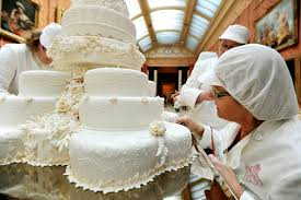 wedding cake kate middleton william and kate s wedding cake made by maker fiona cairns with
