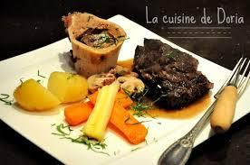 cuisiner une joue de boeuf joue de boeuf mijoté et légumes de saison la cuisine de doria