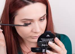 How To Use An Eyelash Curler How To Do Winged Eyelashes 10 Steps With Pictures Wikihow