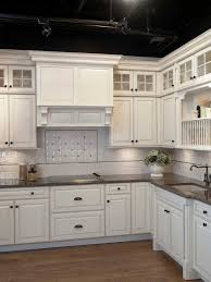 Kitchen Cabinet Hardware Pictures by 57 Best Top Knobs Kitchen Gallery Images On Pinterest Kitchen