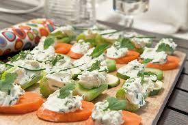 canap au fromage canapés de légumes au fromage frais et aux herbes les fruits et