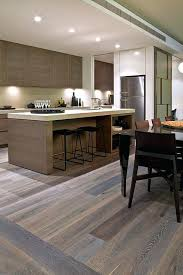 parquet cuisine ouverte parquet pour cuisine parquet cuisine moderne parquet pour cuisine