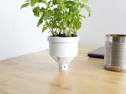 Self Watering 3d Printed Self Watering Planter Cults 3d Hubs Talk